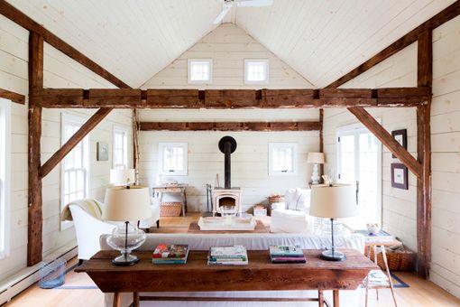 Salones r sticos modernos en blanco y madera ideas para - Salones rusticos modernos ...