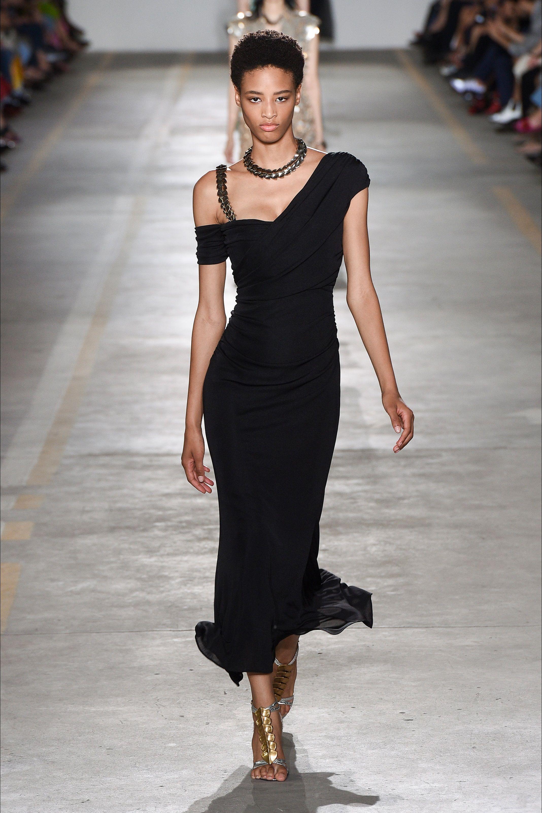 ad9834b56d78 Sfilata Roberto Cavalli Milano - Collezioni Primavera Estate 2019 - Vogue