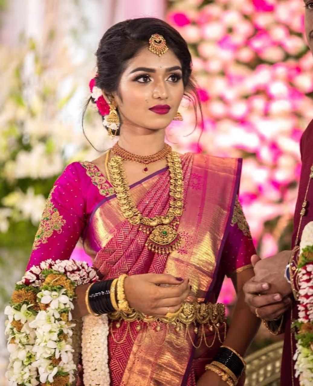 Southindianbride Thebride Wedding Weddingmoment Indianbride Indiangroom Southi Bridal Hairstyle Indian Wedding Indian Wedding Makeup Indian Bride Makeup