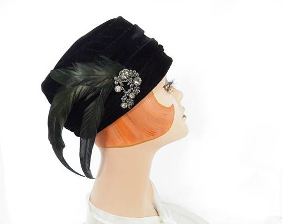 Black velvet hat vintage woman s toque with black 096f860c923d