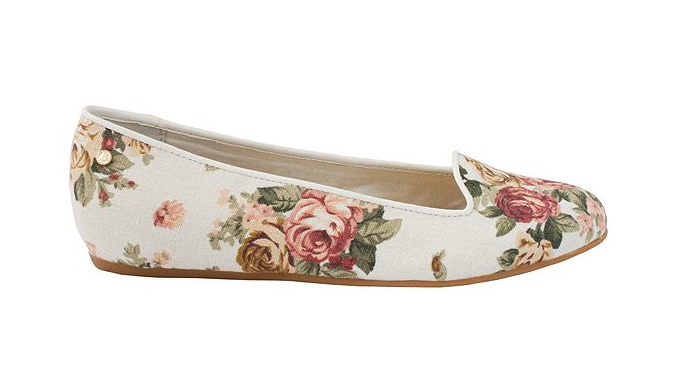 Floral smoking slippers? So on trend! #DGHBass #flats #macys BUY NOW!