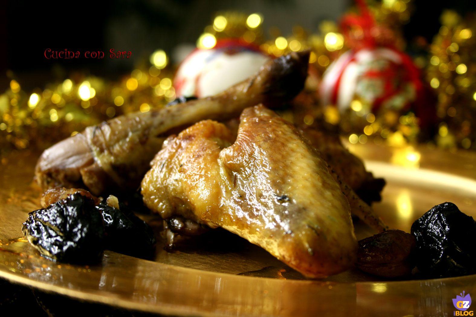 Ricetta faraona con prugne e castagne. Ricetta qui: http://blog.giallozafferano.it/cucinaconsara/ricetta-faraona-con-prugne-e-castagne/