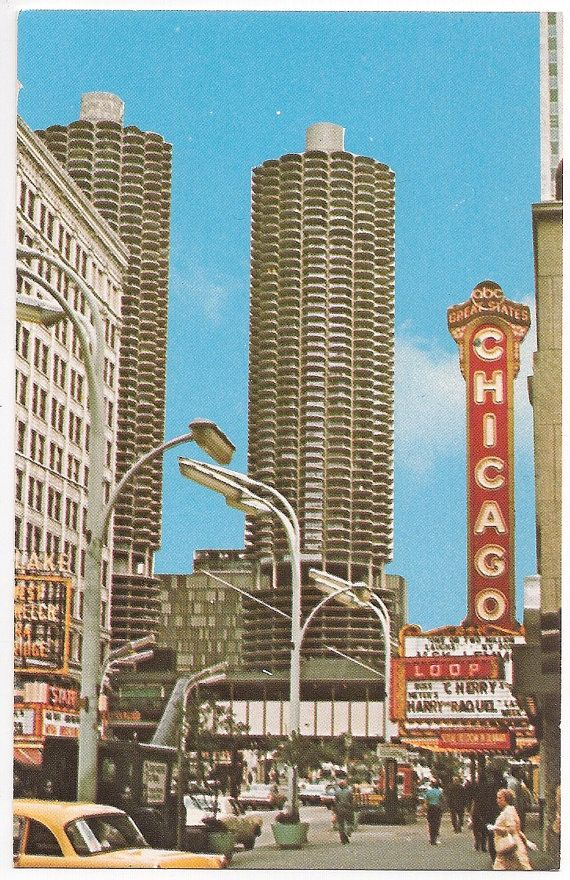 Retro Chicago Street Scene State Street With Marina Towers In