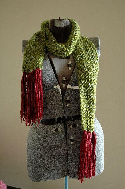 Presents Knits Has Moved Free Pattern Mossy Pebbles Scarf