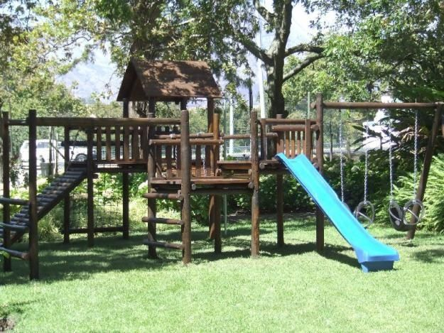 wooden jungle gym pictures of wooden jungle gyms playground equipment outdoor play paint. Black Bedroom Furniture Sets. Home Design Ideas