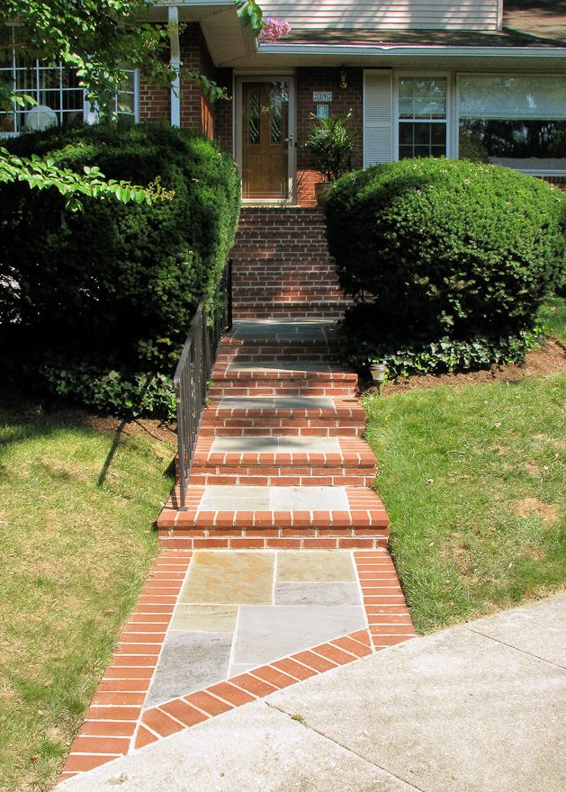 Flagstone walkway with brick border in arlington paul 39 s for Brick sidewalk edging