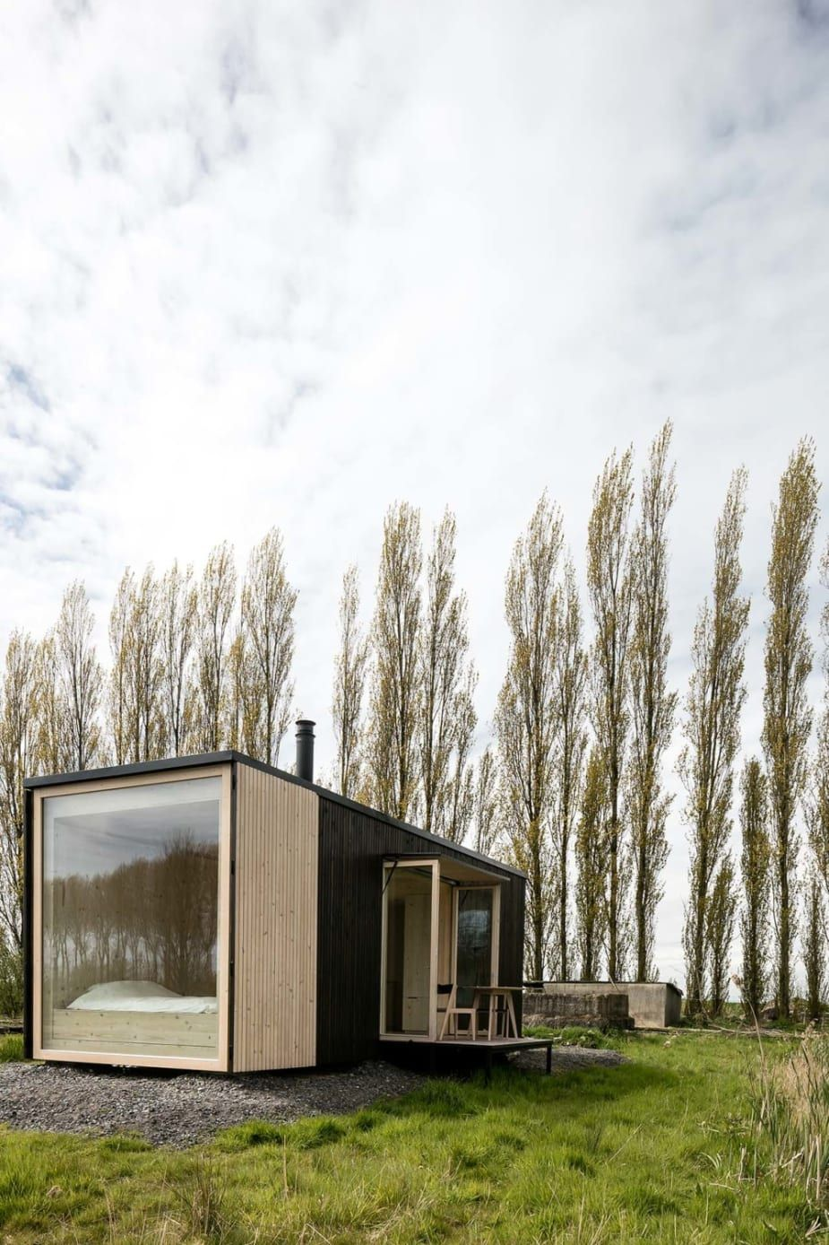 5 Stunning Prefab Off Grid Homes With Prices Building A Container Home Container House Design Container Cabin