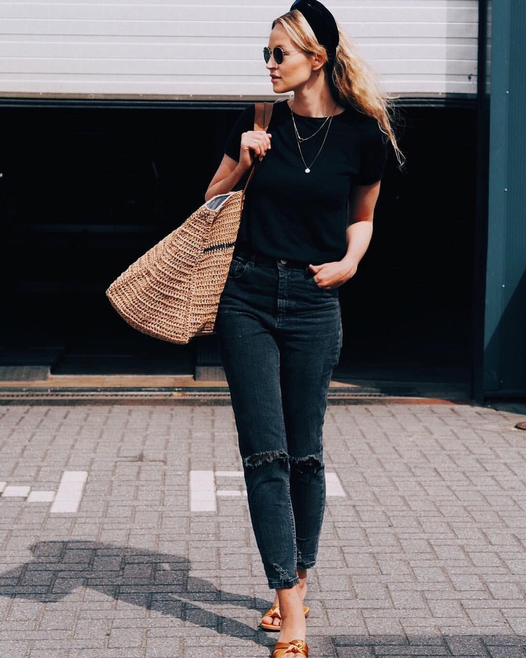 993 vind-ik-leuks, 26 reacties - Anouk Yve (Anouk Yve) op Instagram: 'Lady in black vol. 256 ♠️ #ootd'