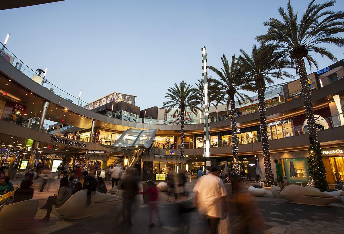 Cubiertas En Centros Comerciales Buscar Con Google Santa Monica Place Santa Monica Outdoor Shopping