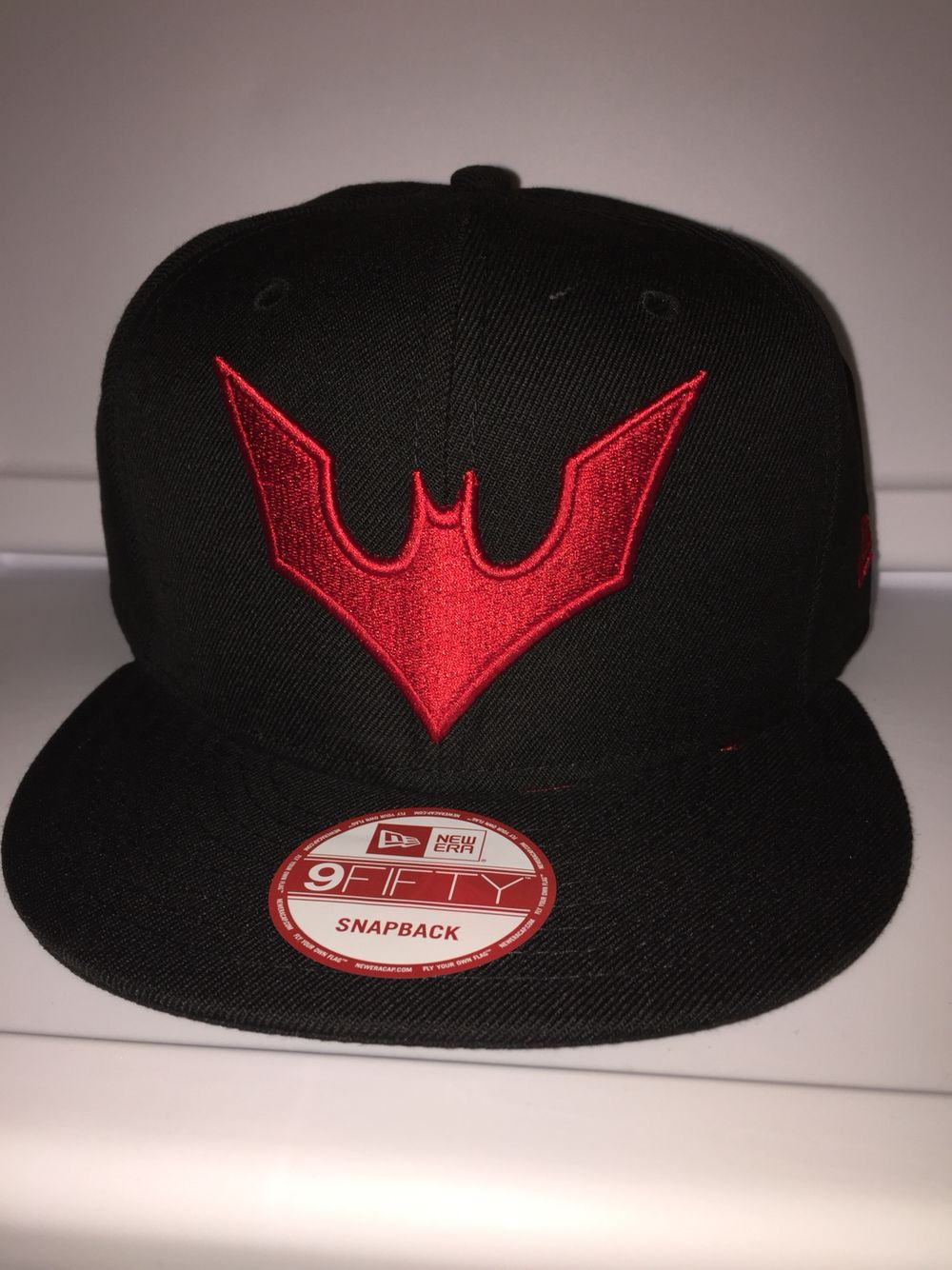 New era DC comics Batman Beyond symbol snapback  9a97aa59858
