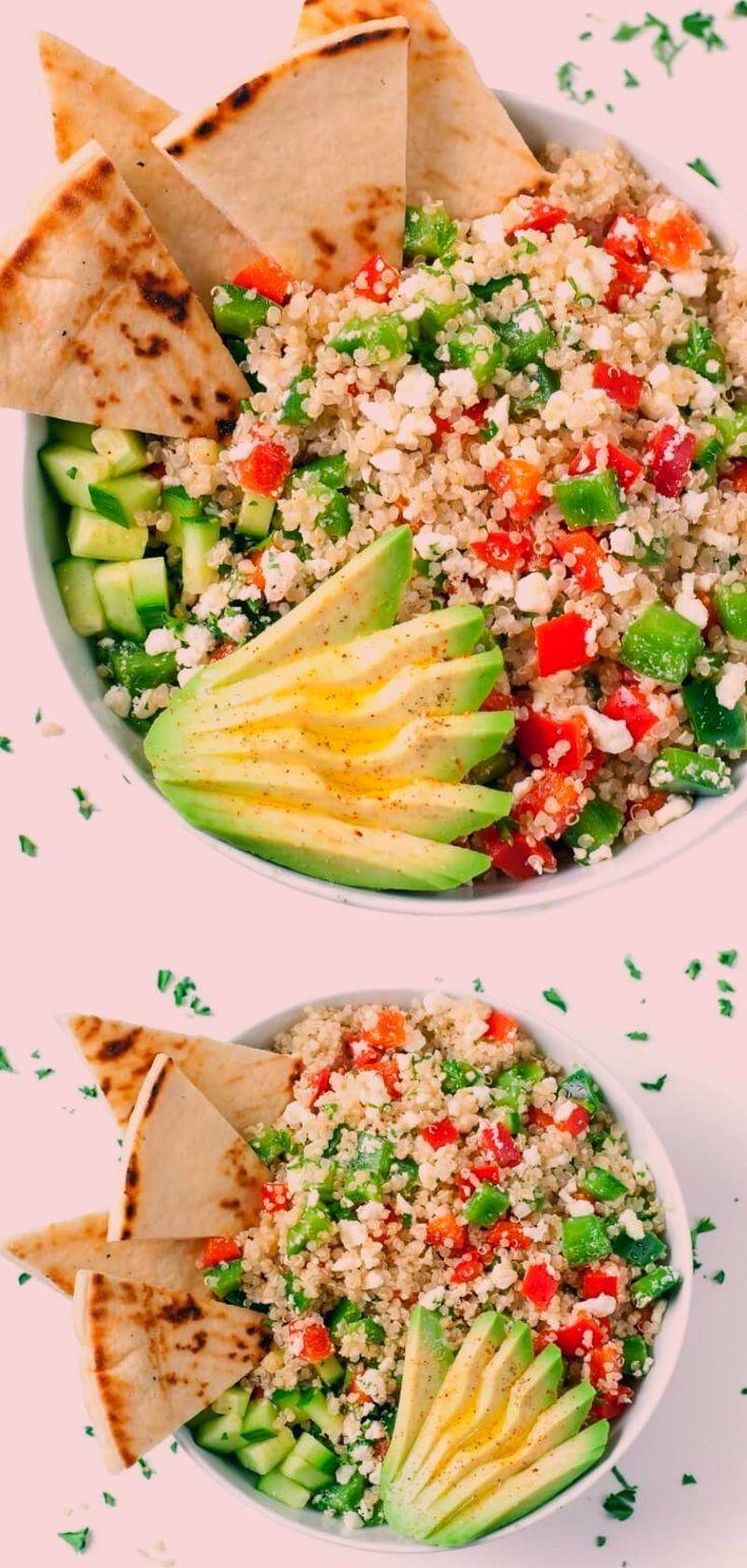 These tasty vegetarian Greek Quinoa Bowls make healthy eating a breeze! #grainbowl #healthy #salad #glutenfree #quinoa #mediterranean #avocado #feta #vegetarian