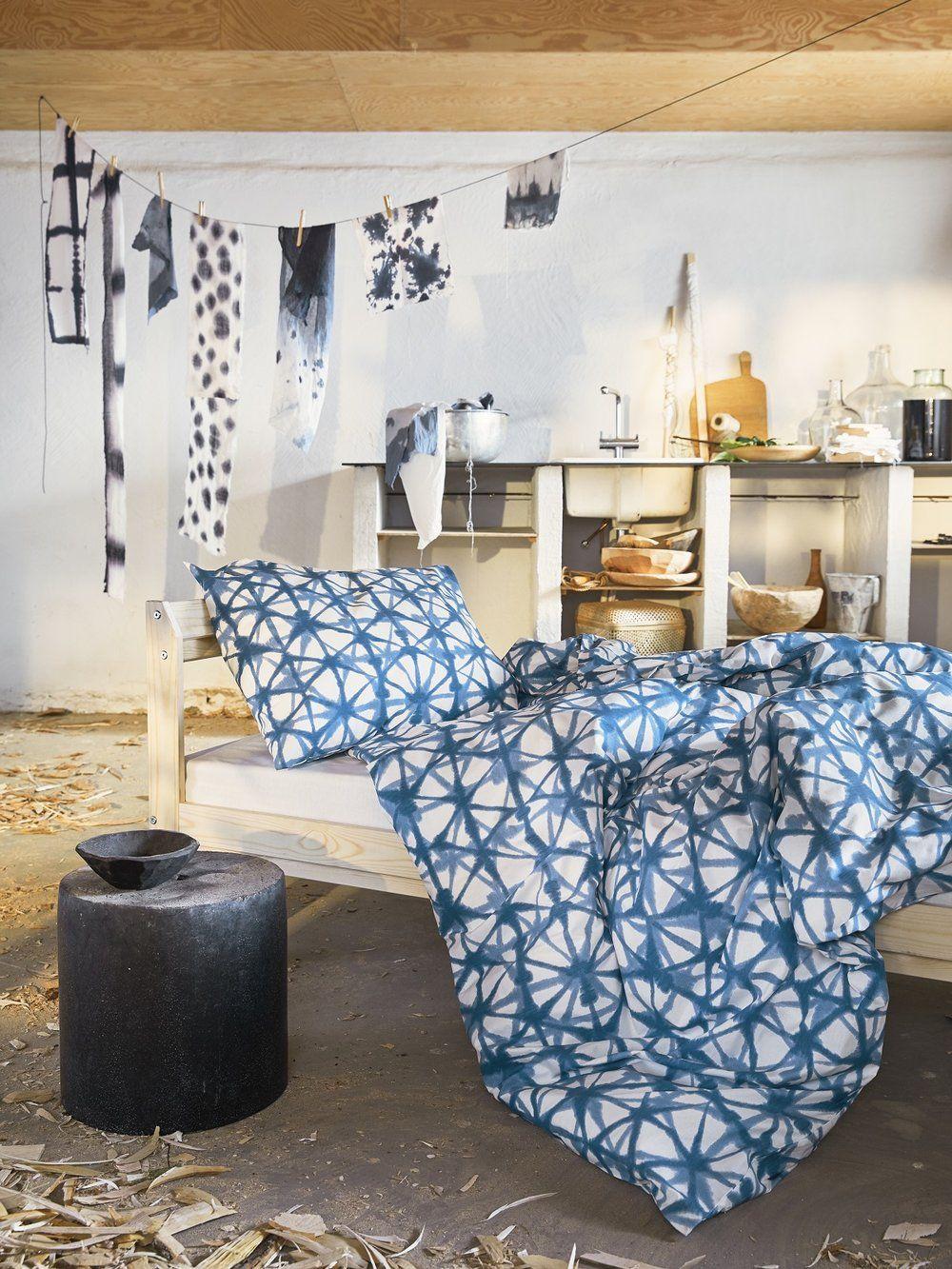 Chez Ikea Du Bleu Et Du Rotin Des Avril Planete Deco A Homes World Ikea New Slow Living Ikea