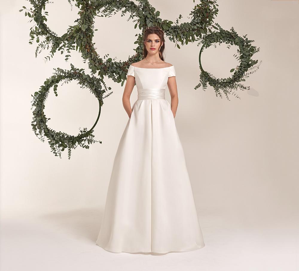 Abiti E Vestiti Da Sposa Collezione Abiti Sposa 2020 Atelier Eme Part 12 Abiti Da Sposa Abiti Da Sposa In Organza Abiti Da Sposa Invernali