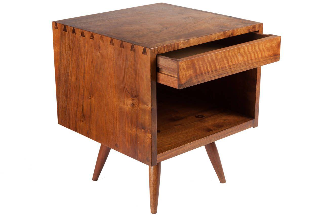 George Nakashima End Table Or Nightstand Wood Crafts Furniture George Nakashima Furniture Nakashima Furniture