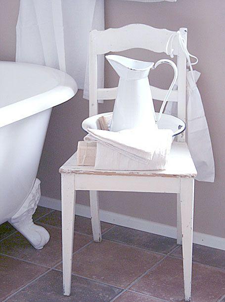badezimmer mit nostalgie flair badezimmer pinterest nostalgie badezimmer und b der. Black Bedroom Furniture Sets. Home Design Ideas