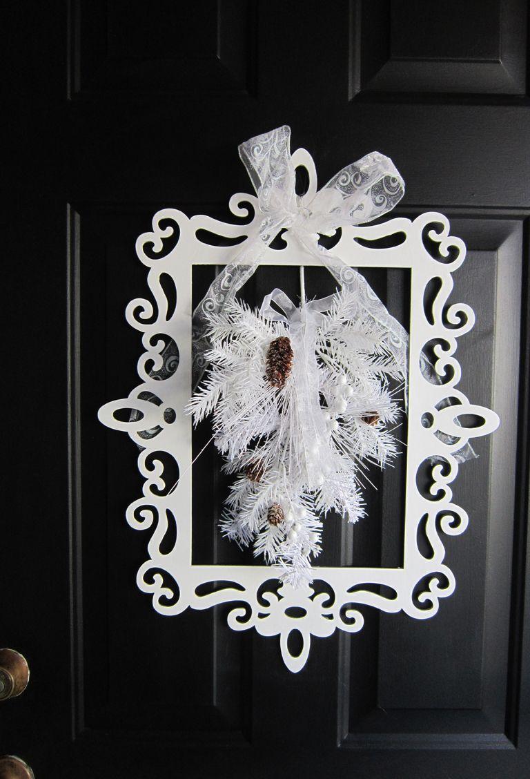Photo of Winter Door Decor