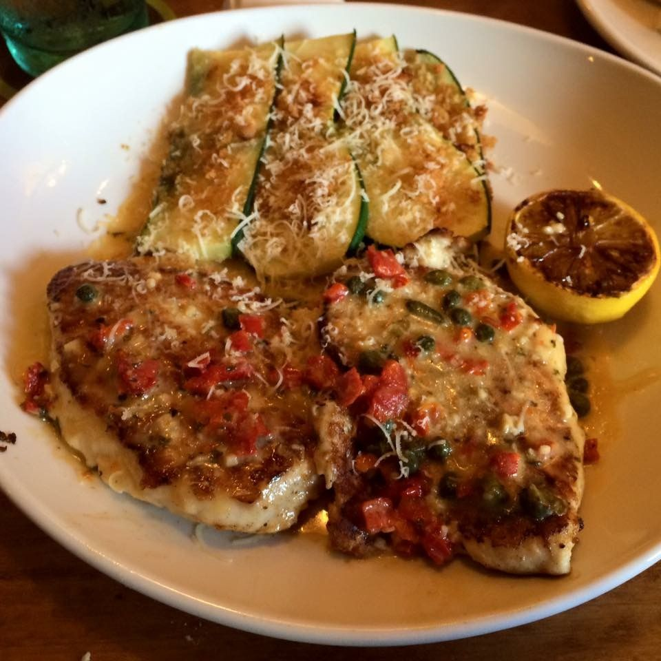 Olive Garden Chicken Piccata With Parmesan Crusted Zucchini Aprox 12 Carbs Low Carb Options