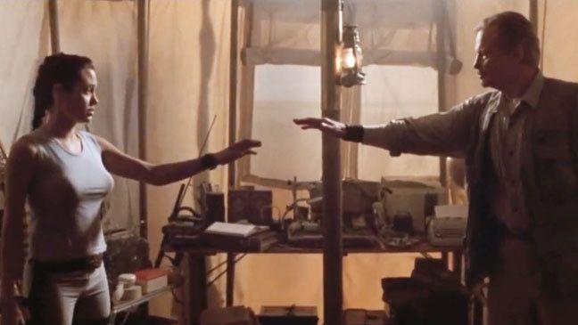 Angelina Jolie And Jon Voight Lara Croft Tomb Raider
