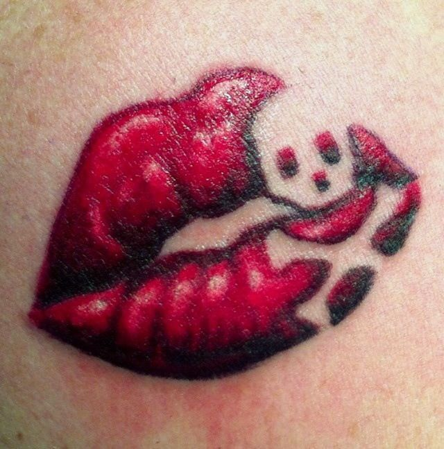 Kuvahaun Tulos Haulle Sugar Skull Tattoo Cute Lip Tattoos Kiss