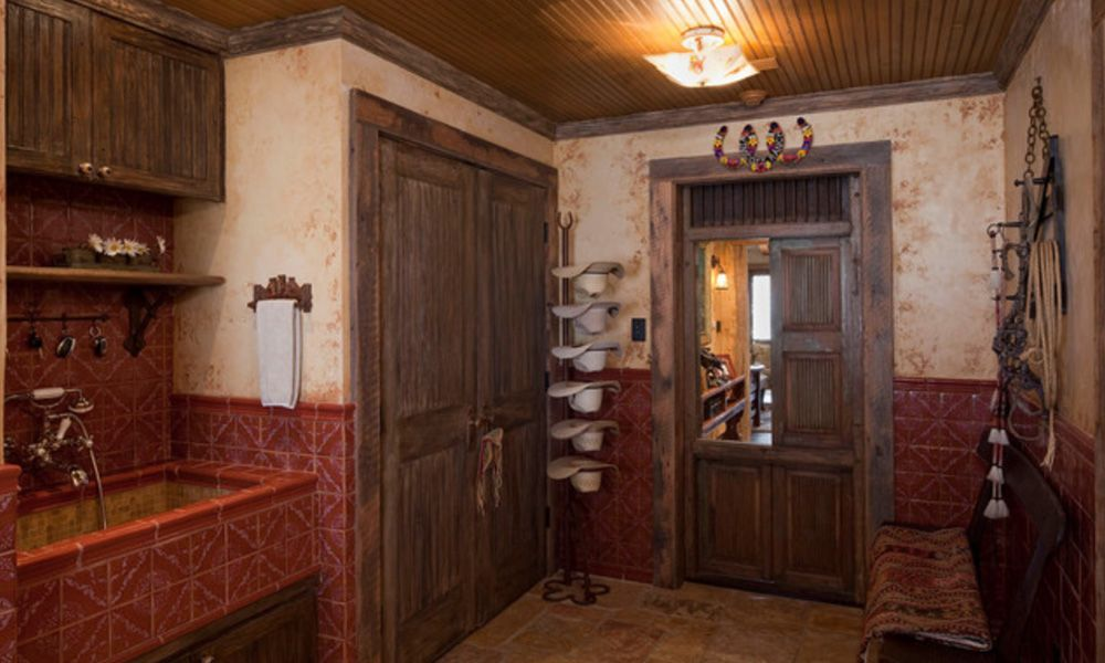 Rustic Western Mudroom Inspiration