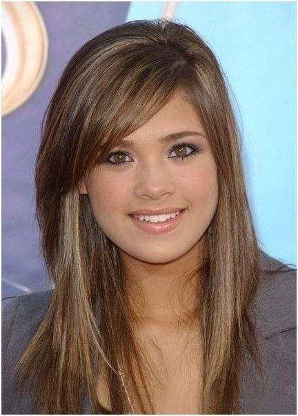 Long Layered Hair With Side Swept Bangs Light Brown Hair With Side Bangs Long Hairstyles Popula Oval Face Hairstyles Medium Length Hair Styles Hair Styles