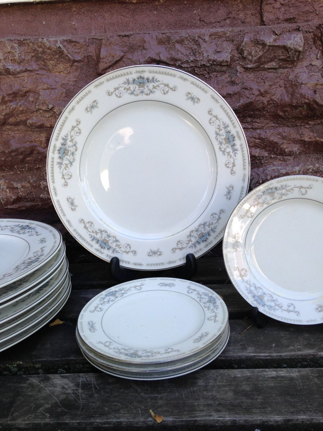 Wade  Diane  China Replacements Japan Porcelain Dinnerware - Dinner and Bread Plates - Discontinued & Wade