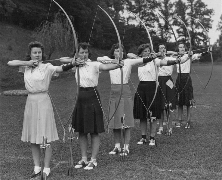 (9) Old Archery Pictures - -)->visite: https://www.facebook.com/Old.Archery.Pictures
