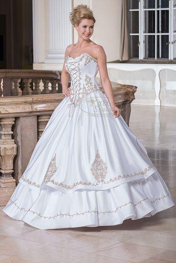 1ea331fba4 127- egyedi, 2 színű sujtással (fehér-arany) gazdagon díszített magyaros esküvői  ruha