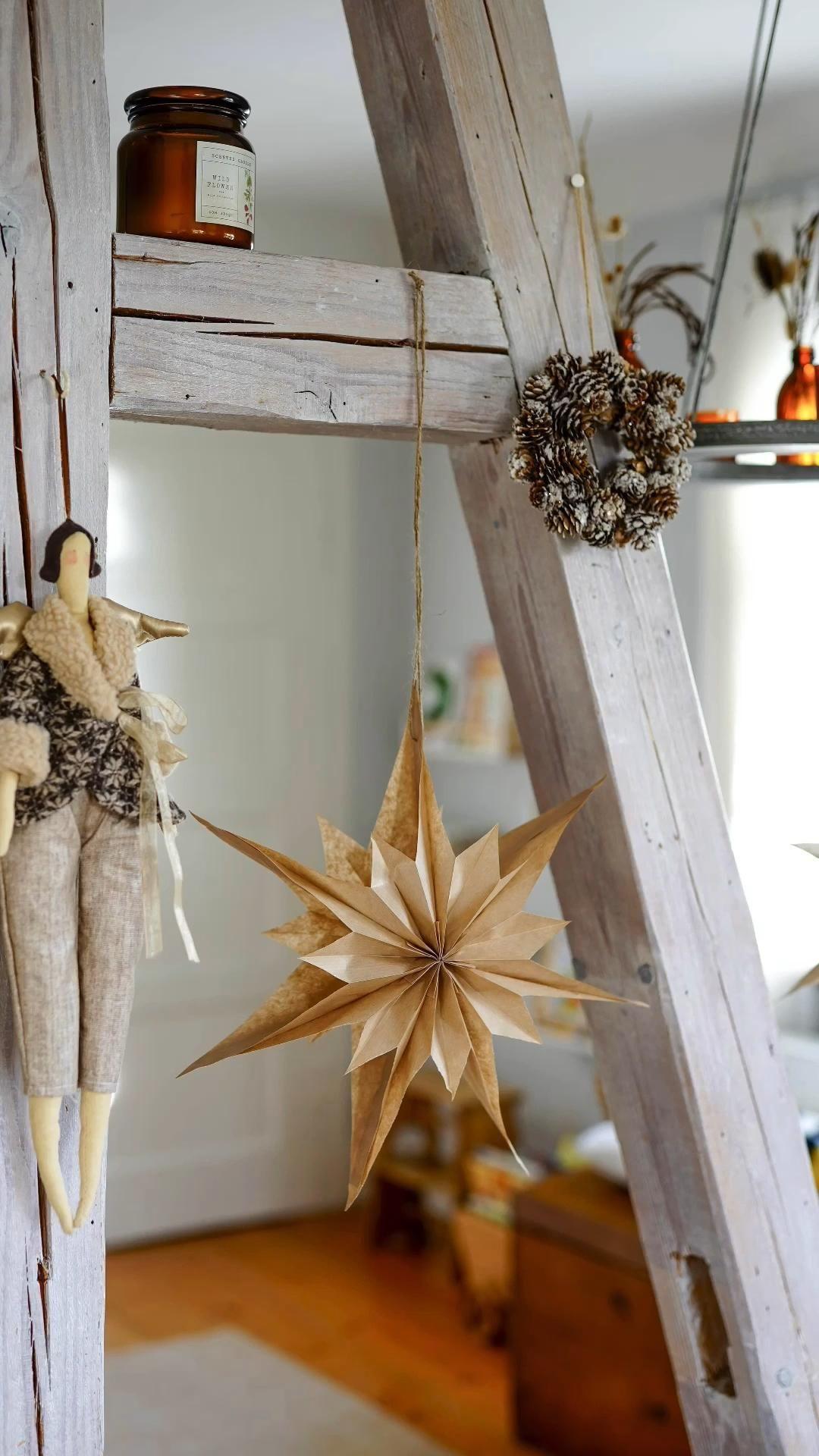 Weihnachts - Papiersterne: Ein einfaches DIY aus Butterbrottüten