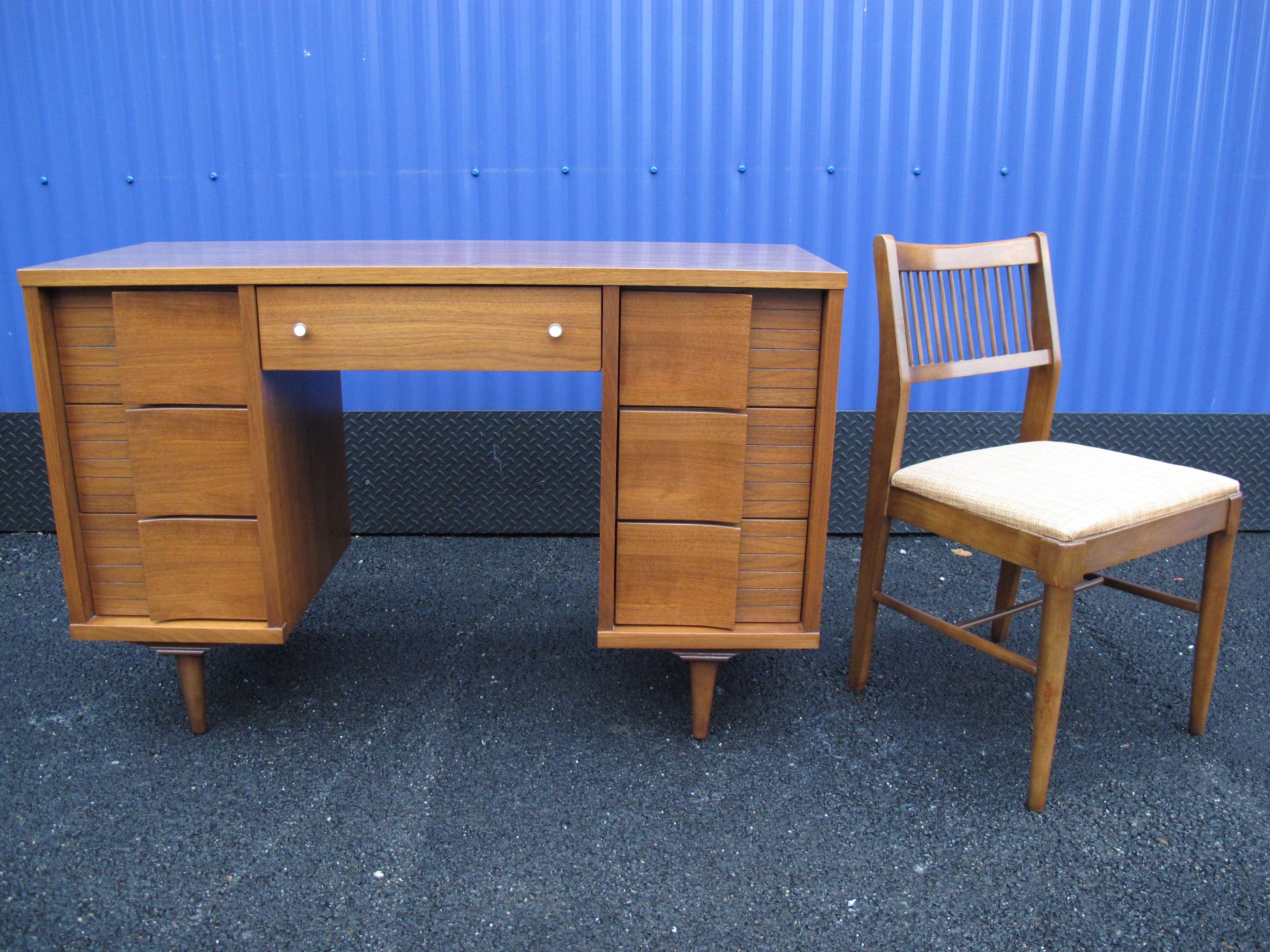 Johnson Carper Desk & Chair
