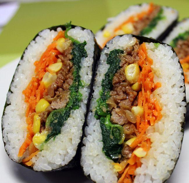 Onrigirazu, sushi sandwiches