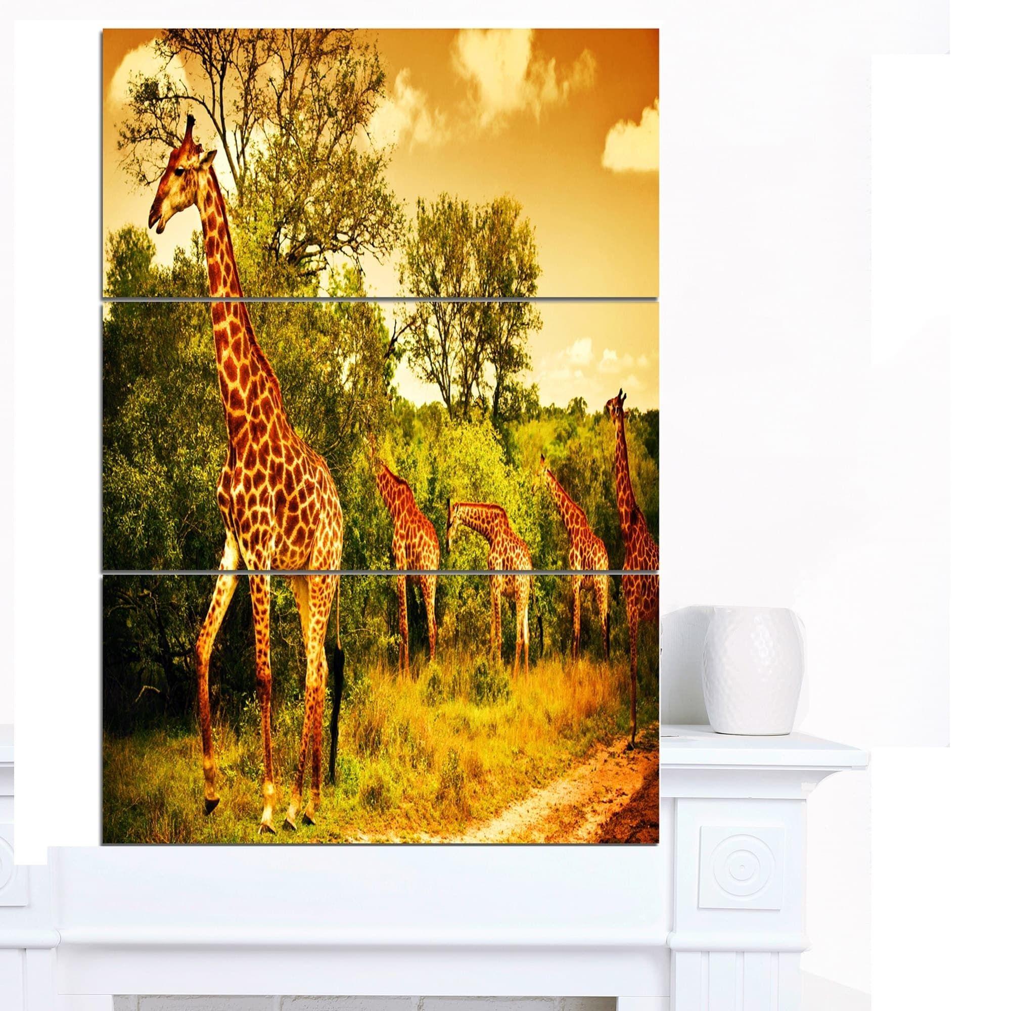 Designart \'South African Giraffes\' African Wall Art Canvas Print ...