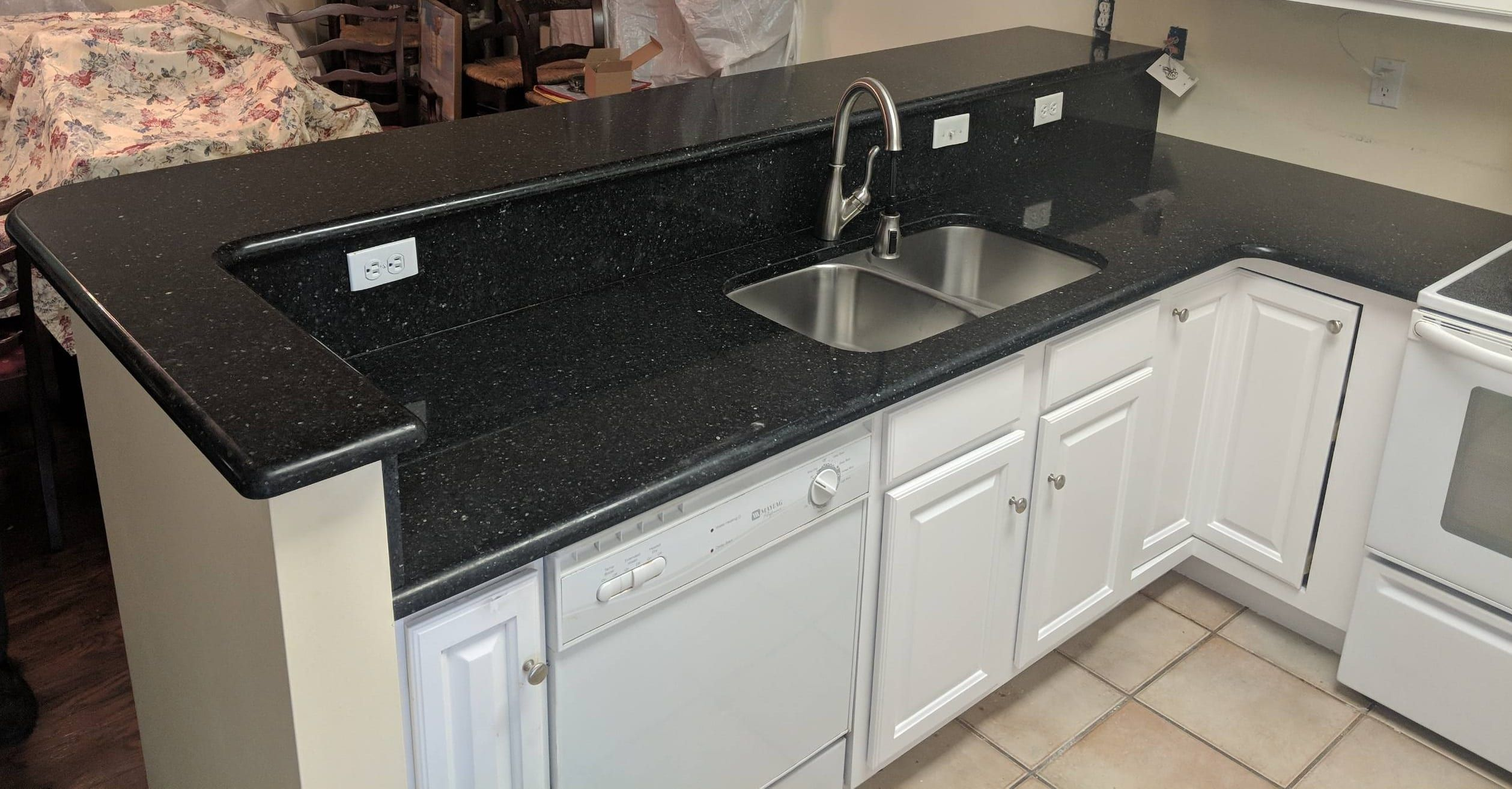 Type Of Job Kitchen Countertops Material Quartz Color Black