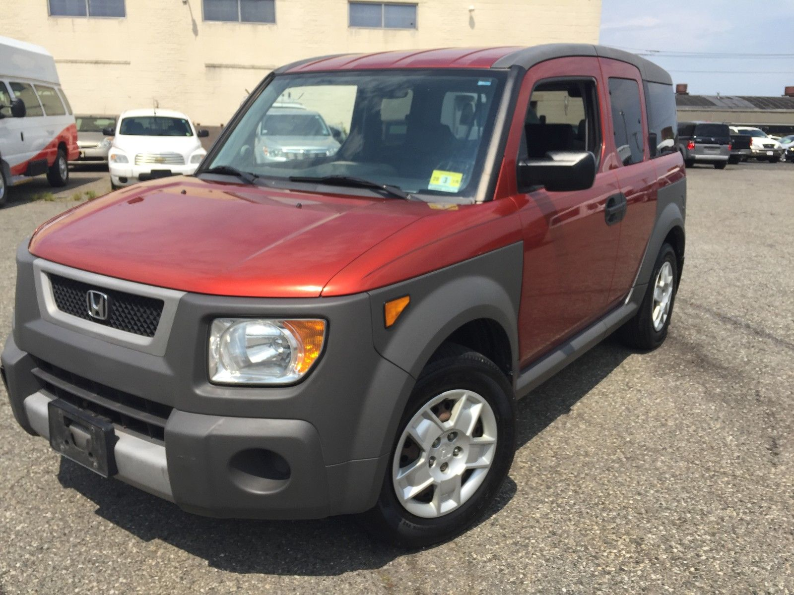 Car brand auctioned:Honda Element 4WD LX MT 5 speed manual transmission Car  model honda element all wheel drive rare find