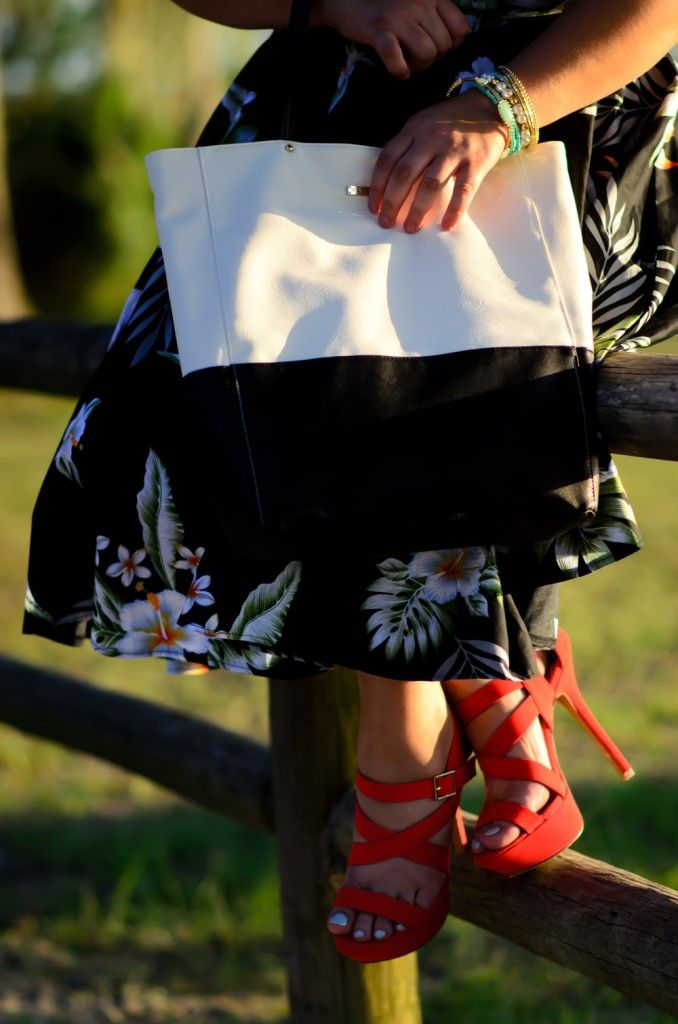 Island life with a color block tote and colorful accessories!