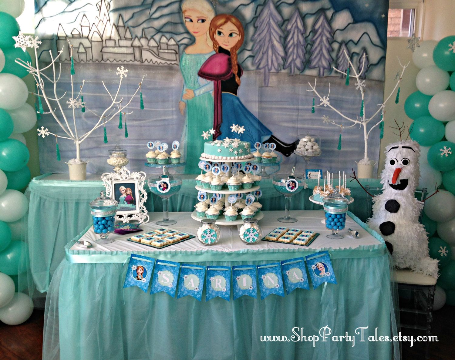 Frozen disney mural pintados a manos decoracion de por for Decoracion mesas dulces