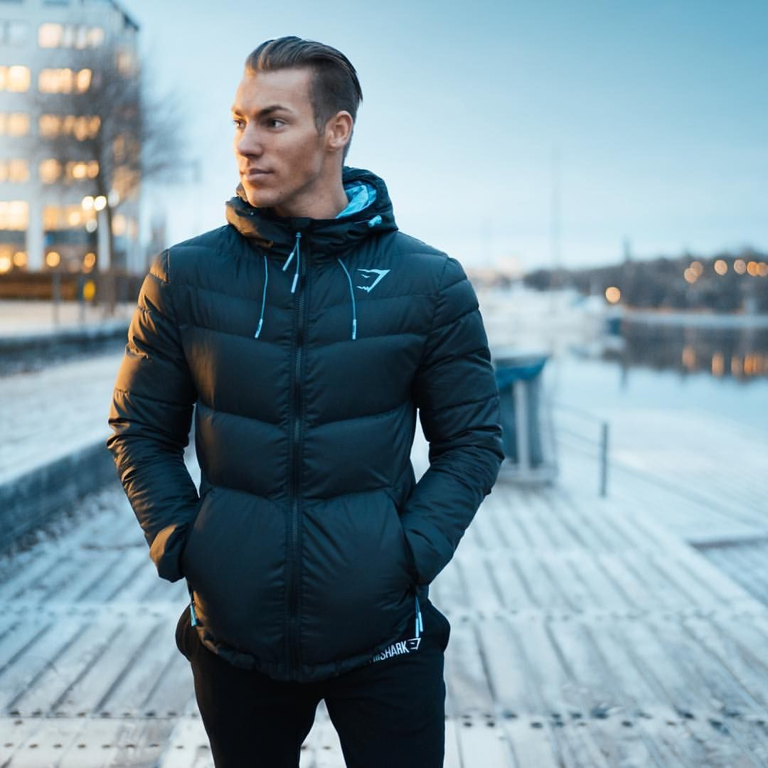 9 976 Mentions J Aime 93 Commentaires Gymshark Gymshark Sur Instagram Winter Doesn T Stand A Chance Cl Workout Hoodie Puffer Jacket Black Gym Hoodie [ 1080 x 1080 Pixel ]