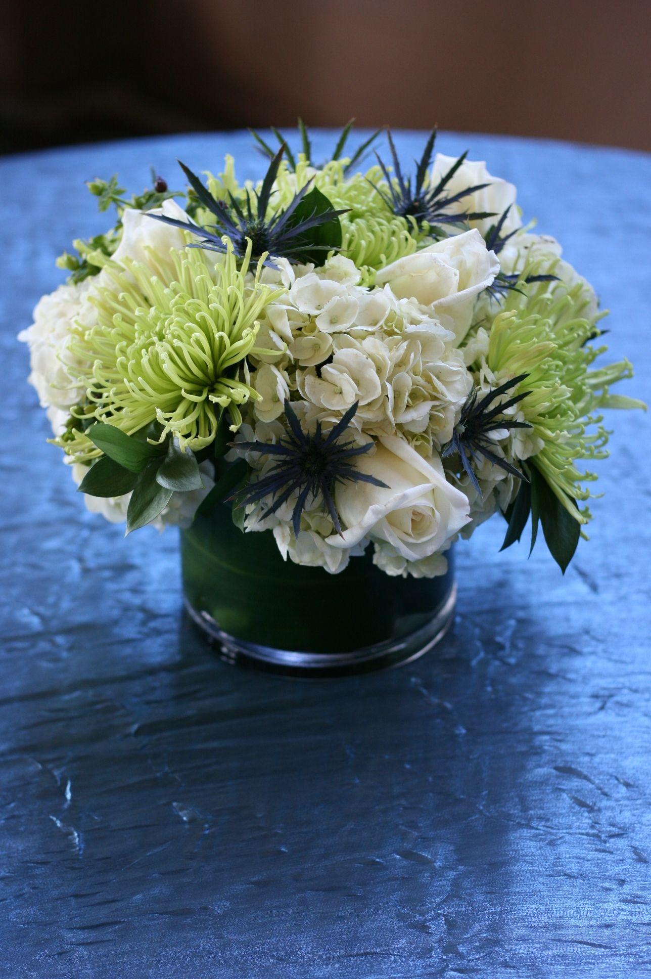 White rose hydrangea geen spider mum w blue thistle
