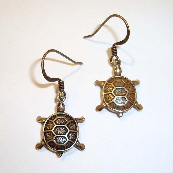 Shoply.com -Antique Gold Turtle Earrings. Only C$4.95