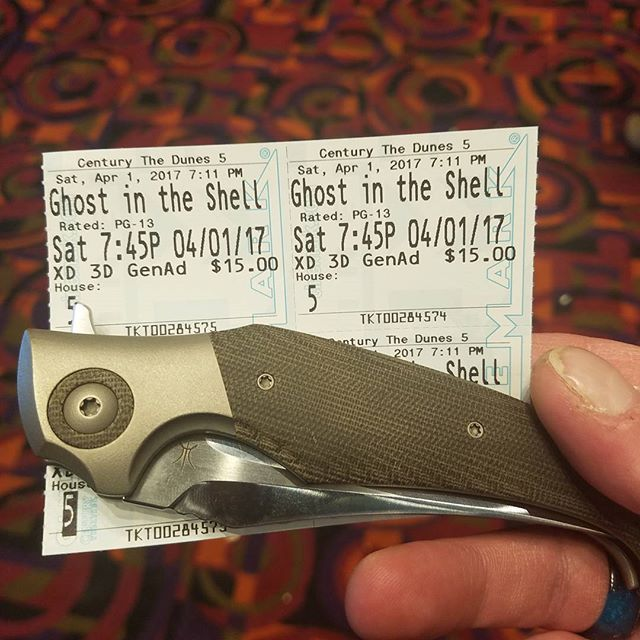 Date night yayyyyyy  #hydra #knives #knife #bladepics #knifelife #knifenut #knifeporn #knifepics #knivesofig #knifedaily #niceknives #knifecommunity #knifestagram #usnstagram #bestknivesofig #grailknives #grailknife  #knifegasm #usualsuspectnetwork  #customknives #lermanhydrabrotherhood #lermancustomknives
