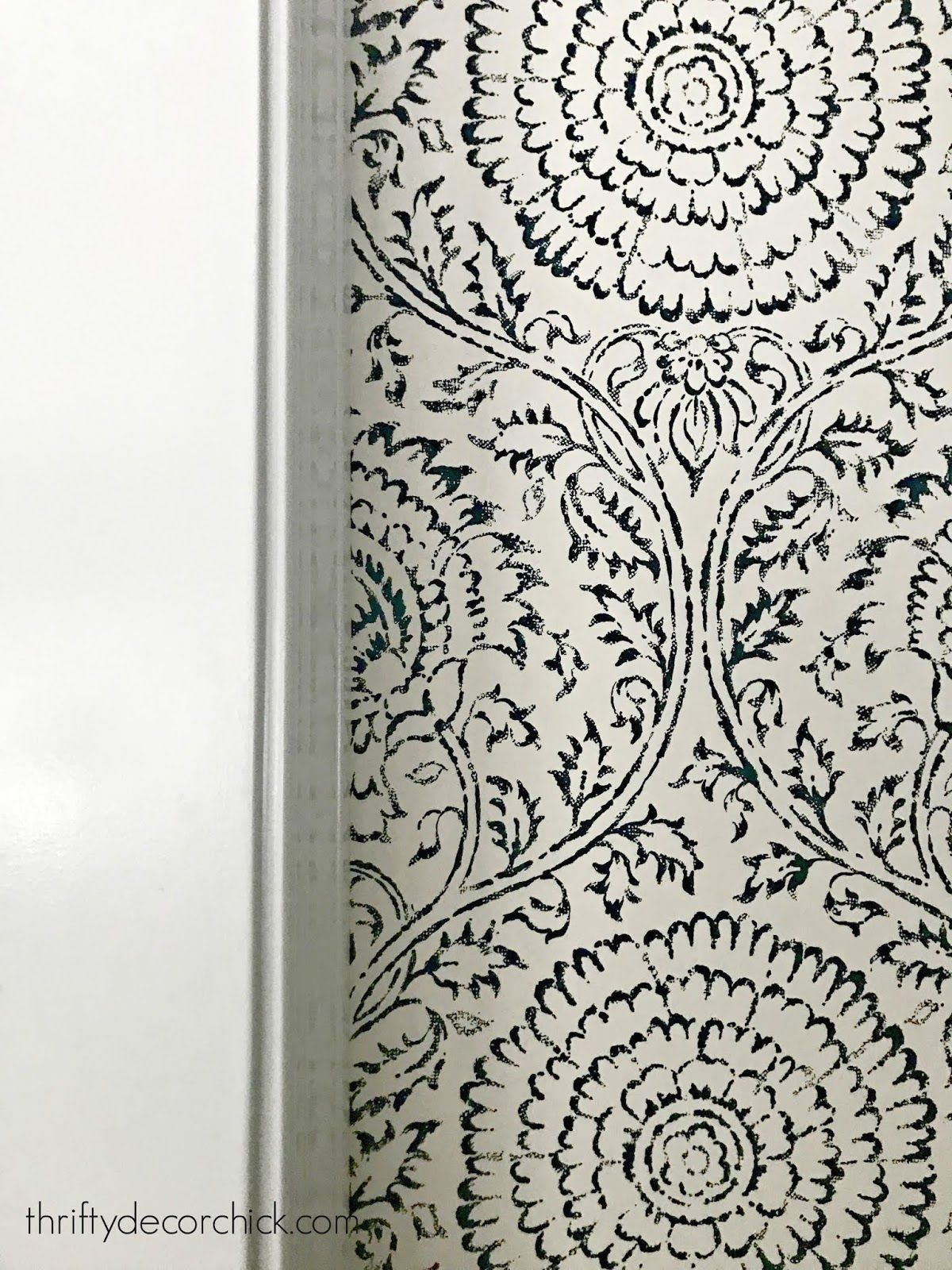More pretty hallway updates! 1000 in 2020 Wallpapered