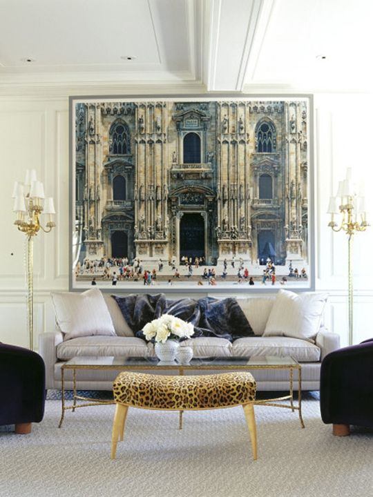 Sample Living Room Designs: 15 Examples Of Decorating With Large Scale Photos: White