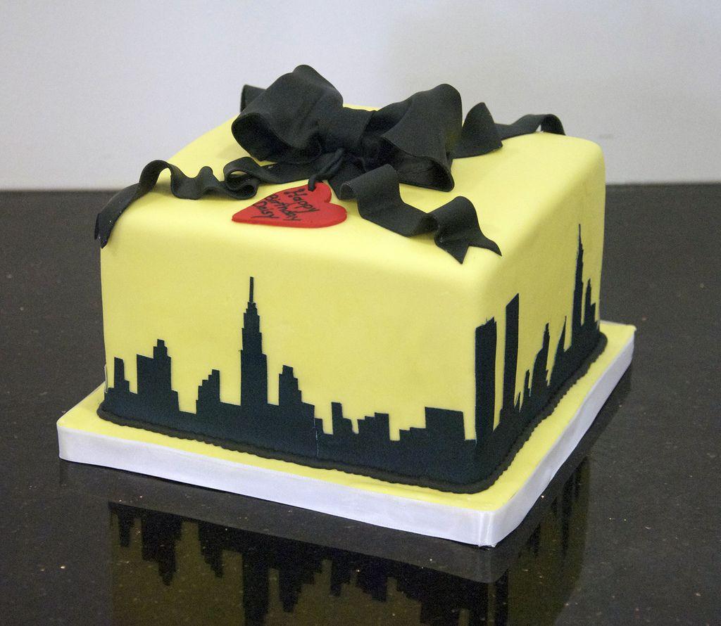 New York skyline cake | Pinterest | Yellow birthday cakes, Birthday ...