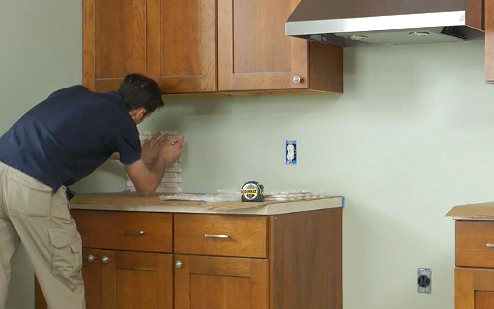 How To Install Wall Tiles In Kitchen In 2020 Installing