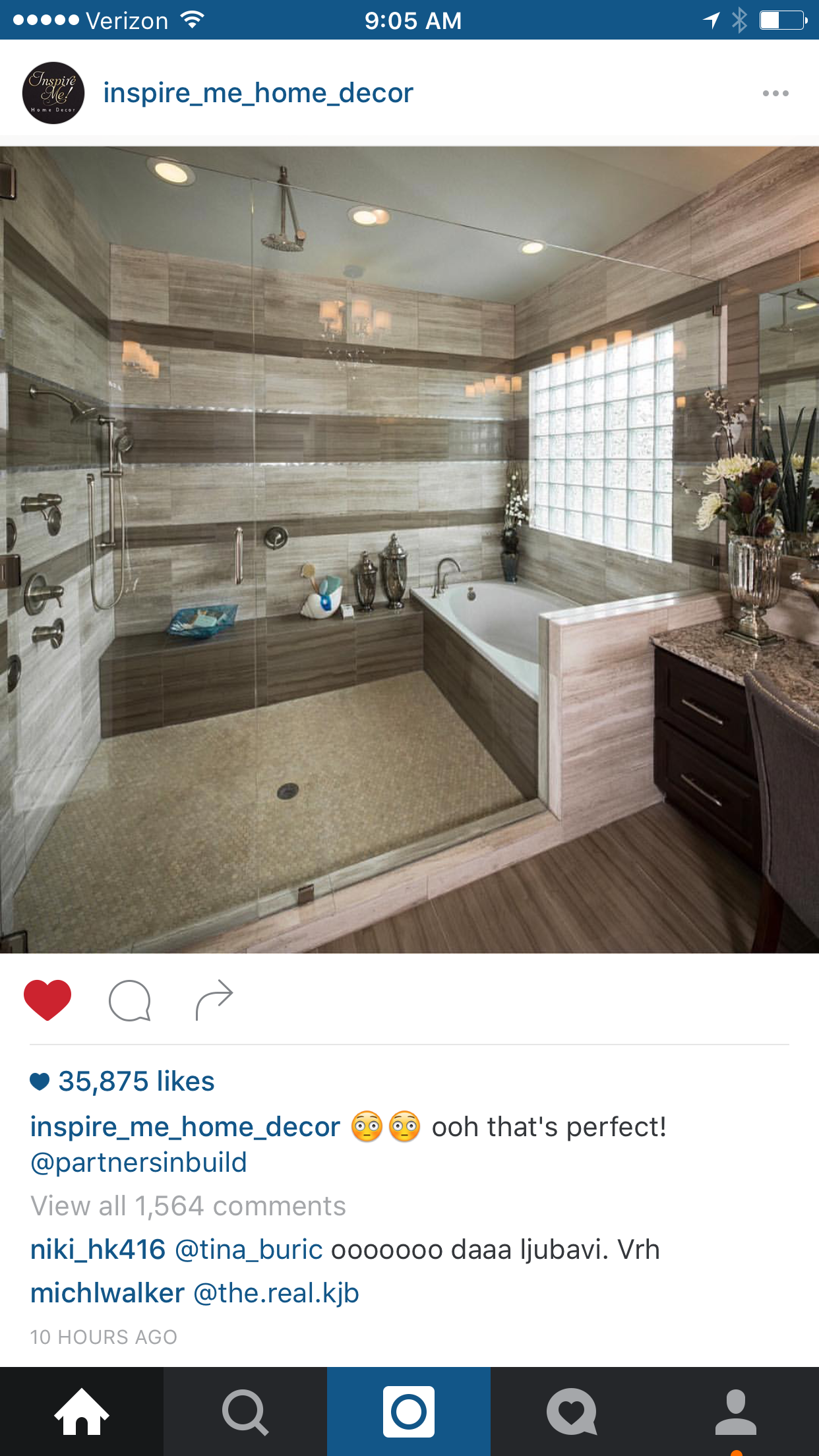 Area Bagno Box Doccia.I Love How The Bath Tub And Shower Are In The Same Area That S