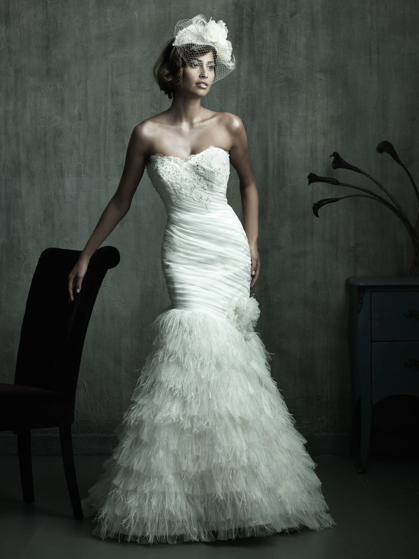 Vintage Wedding Dress With Feathers Fit Flare