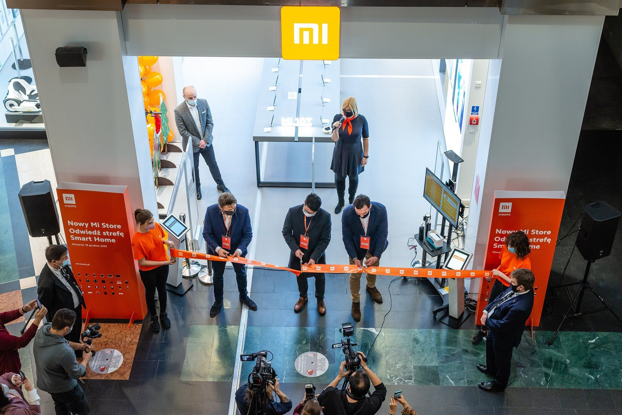 Xiaomi Opens Its Largest Mi Store In Central Eastern Europe The First With A Service Centre Central And Eastern Europe Eastern Europe Xiaomi