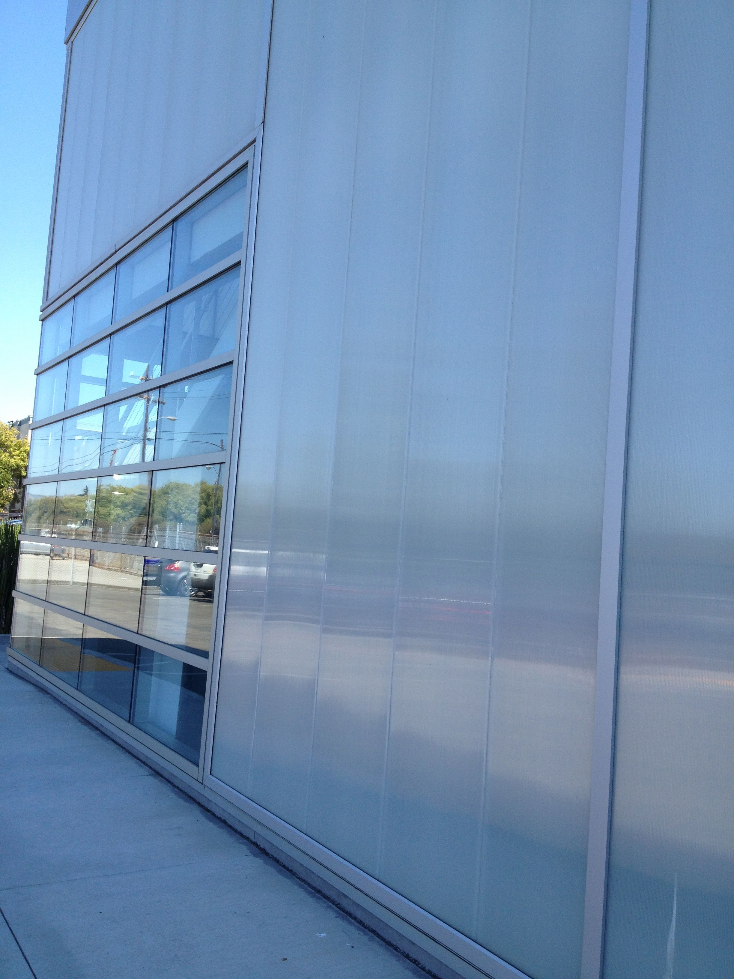 CPI polycarbonate wall