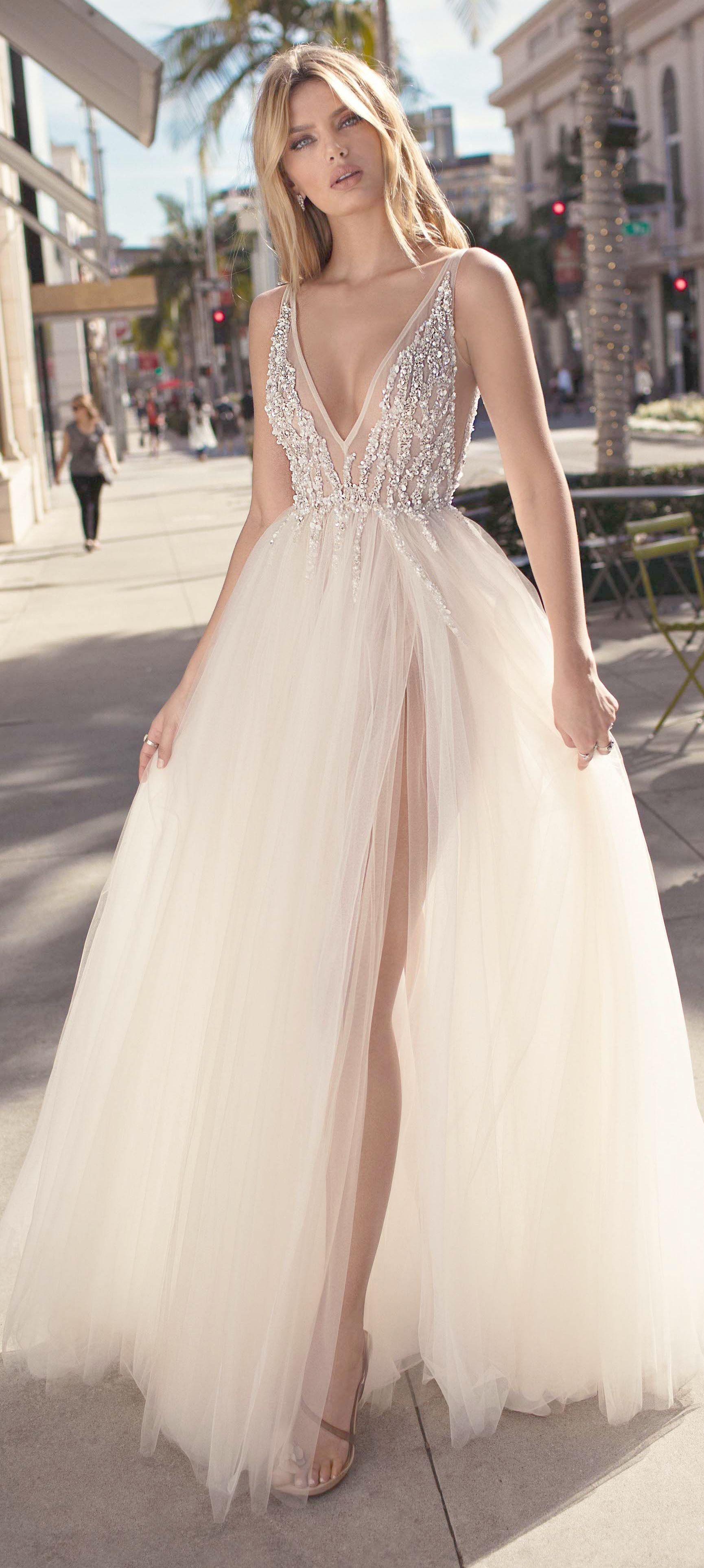 Best formal dresses for large bust considering summer