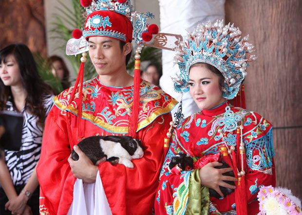 A Traditional Chinese One Their Wedding Day